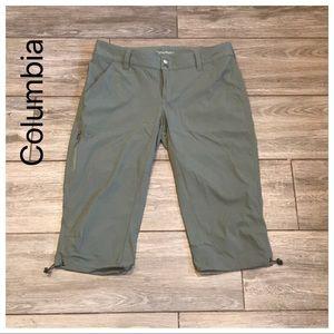 Columbia Omni Shield size 10 capris green